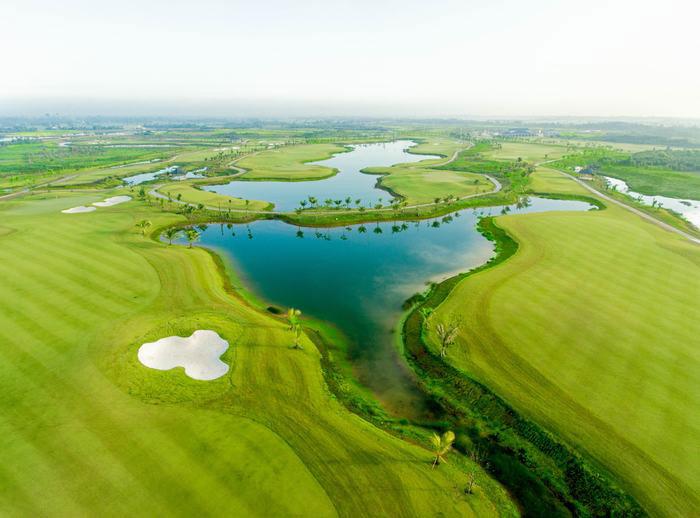 Sân Golf trong dự án West Lakes Bến Lức 2