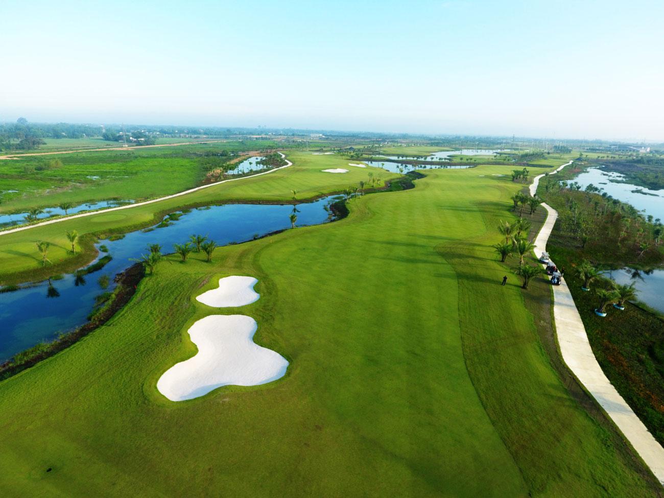 Sân Golf trong dự án West Lakes Bến Lức
