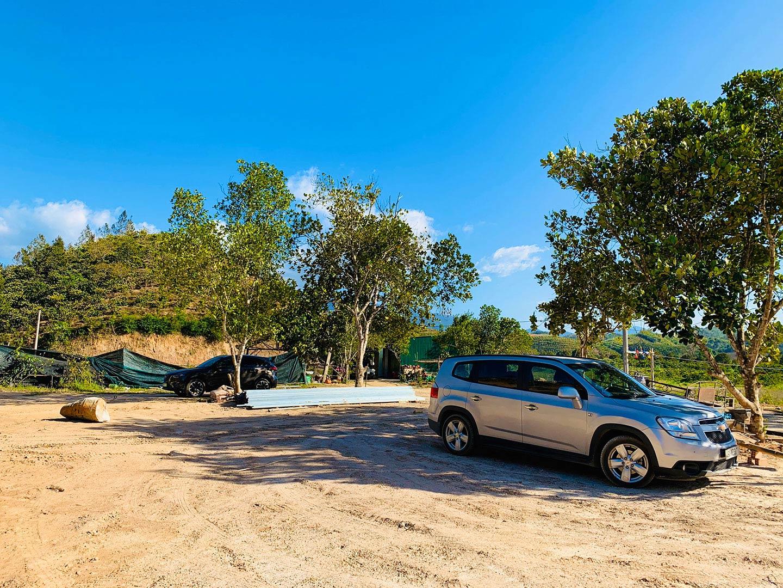 Đường vào trang trại sinh thái Tân Lâm Nguyên rộng rãi thoáng mát