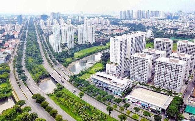 """Thị trường bất động sản tại Long An đang trong cơ """"sốt"""" là thời cơ đồng thời là thách thức đối với giới đầu tư bất động sản"""