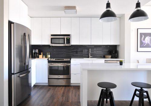 Màu sắc thiết kế căn bếp hải hòa với căn nhà.