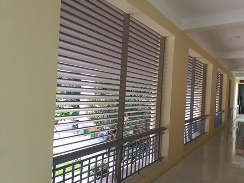 Lam che giúp giảm bớt Dương khí cho những ngôi nhà hướng nắng gắt