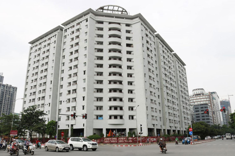 Hà Nội vừa có công văn yêu cầu cấm sử dụng tầng 1 nhà tái định cư để kinh doanh. Ảnh minh họa