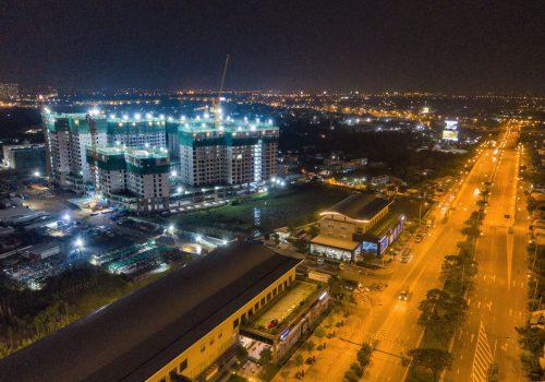 Thành phố Ánh sáng Akari City đang hình thành bên cạnh đại lộ Võ Văn Kiệt – một trong những tuyến đường đẹp nhất TP.HCM