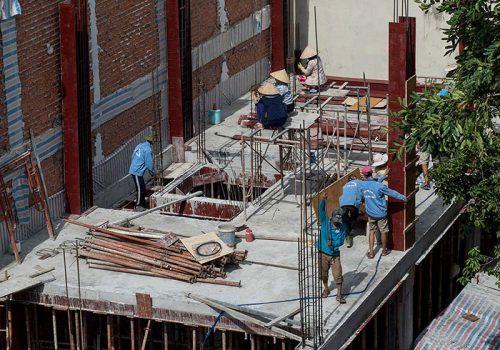Có giấy phép xây dựng là điều kiện tiên quyết khi chủ đầu tư muốn xây nhà.