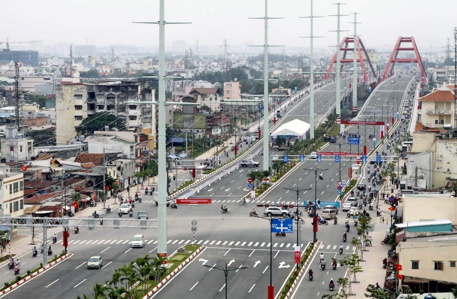 Đại lộ Phạm Văn Đồng