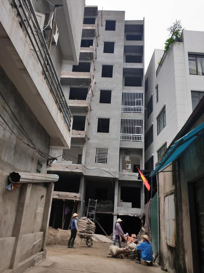 Một tòa nhà chung cư trá hình
