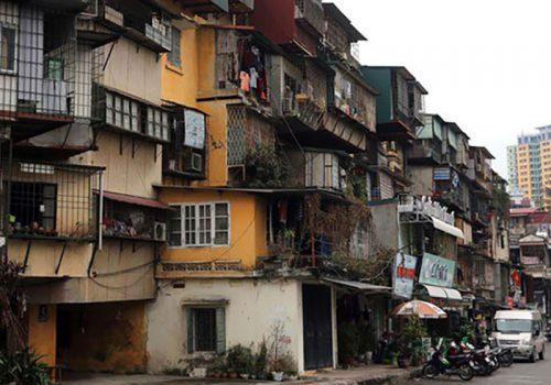 Chủ nhà được hỗ trợ thế nào khi chung cư bị phá dỡ? Ảnh minh họa: Internet