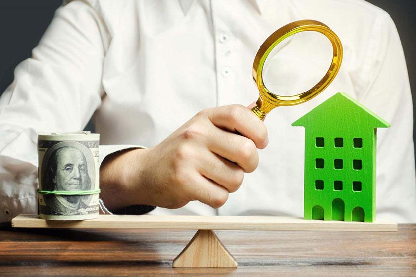 """Người mua cần kiểm tra hồ sơ pháp lý dự án để tránh rủi ro """"tiền mất tật mang"""". Ảnh minh họa"""