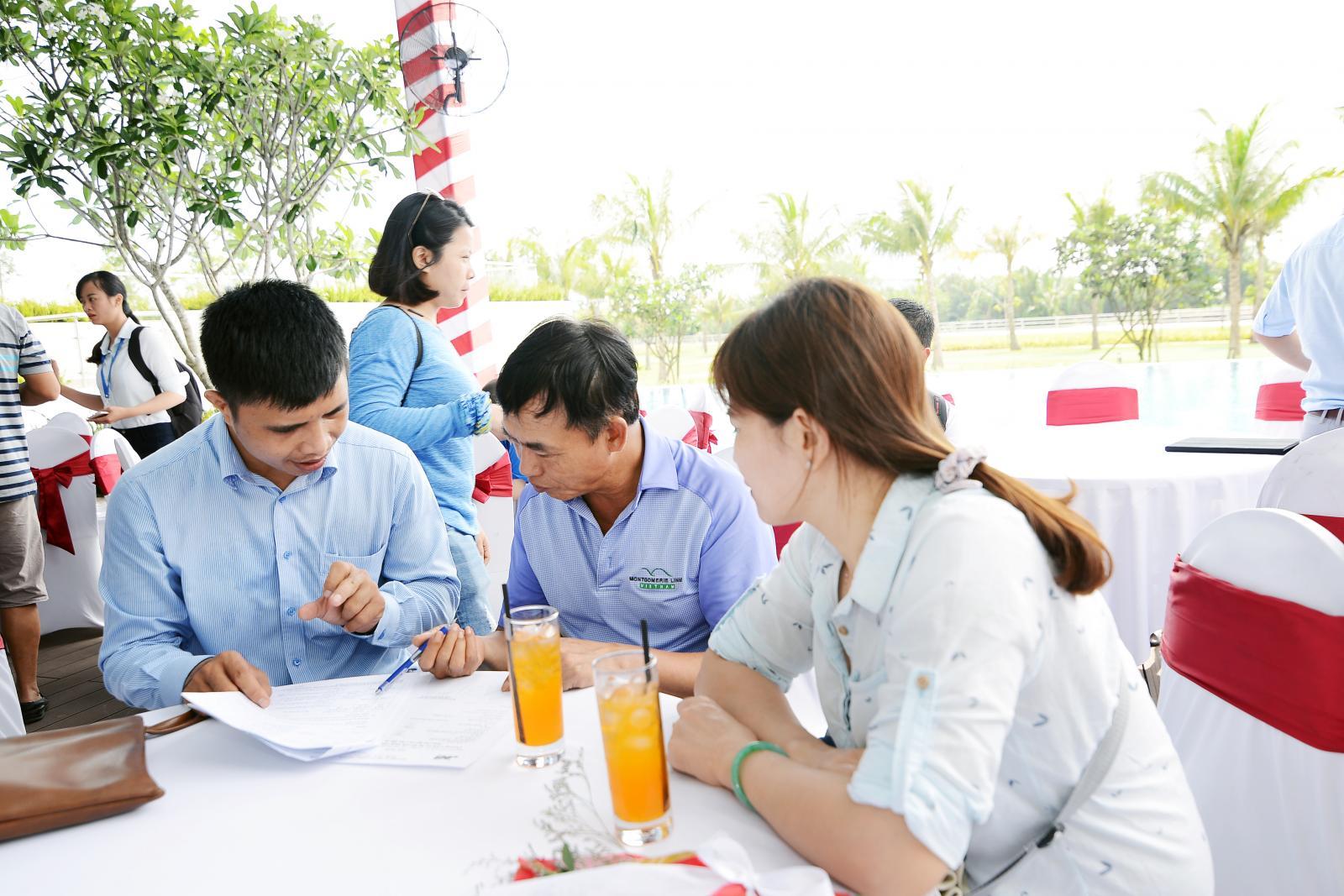 Những nghịch lý thị trường bđs Việt 01