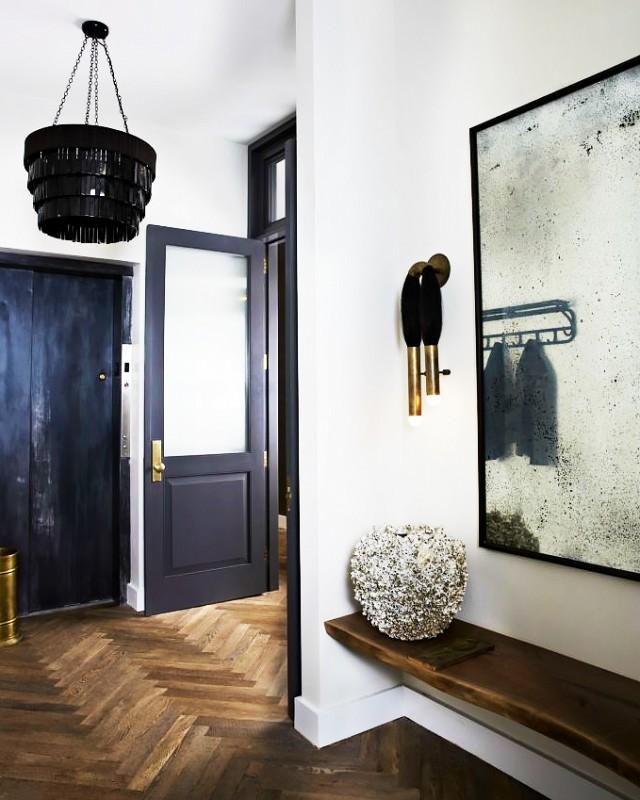 Lối vào nhà gọn gàng, sạch đẹp sẽ góp phần thu hút vận may vào nhà.