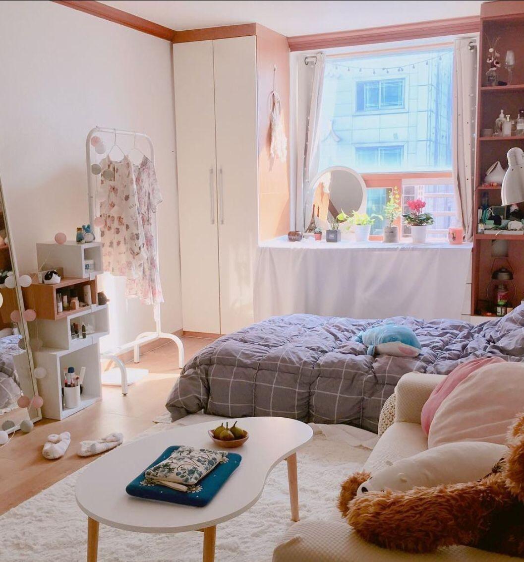 Các phòng ngủ nhỏ, hẹp nên tham khảo mẫu giường bệCác phòng ngủ nhỏ, hẹp nên tham khảo mẫu giường bệt để tiết kiệm không giant để tiết kiệm không gian