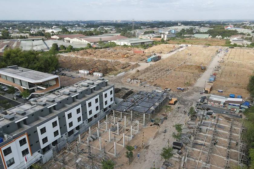Nhiều nhà đầu tư vẫn tích cực tìm kiếm nhà đất tại các thị trường vùng ven TP.HCM. Ảnh minh họa