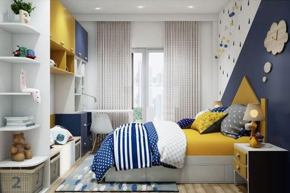 Một mẫu thiết kế nội thất phòng ngủ dành cho các bé trai mà bạn có thể tham khảo. Sắc vàng - trắng - xanh dương phối kết vô cùng ăn ý để tạo nên không gian ngủ nghỉ đẹp.