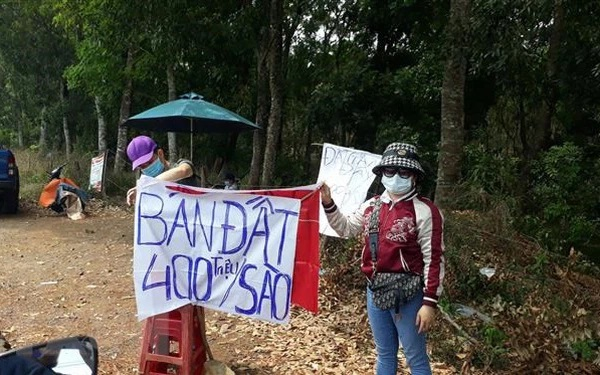 Tình trạng rao bán đất đang diễn ra nhiều diễn đàn.