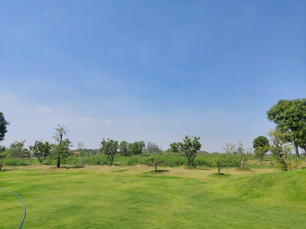 Nhiều người thích đất nhà vườn bởi chúng mang lại một không gian xanh thoáng mát