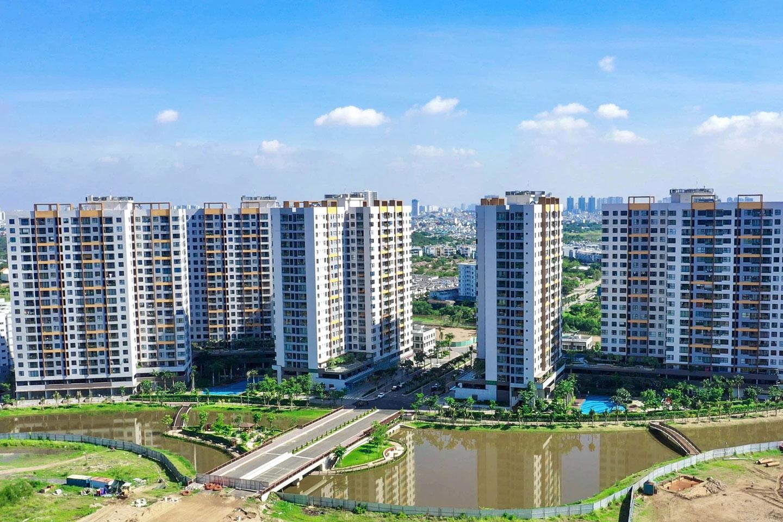 Theo DKRA Vietnam, trong tháng 7, nguồn cung căn hộ Tp.HCM và vùng giáp ranh phục hồi đáng ngạc nhiên ngay trong thời điểm giãn cách xã hội