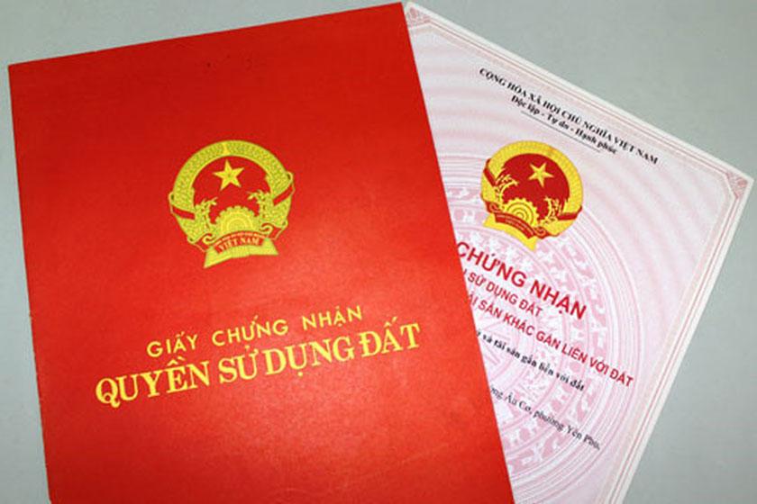 Từ 1/9/2021, người dân không cần nộp bản sao giấy tờ tùy thân khi làm sổ đỏ. Ảnh minh họa
