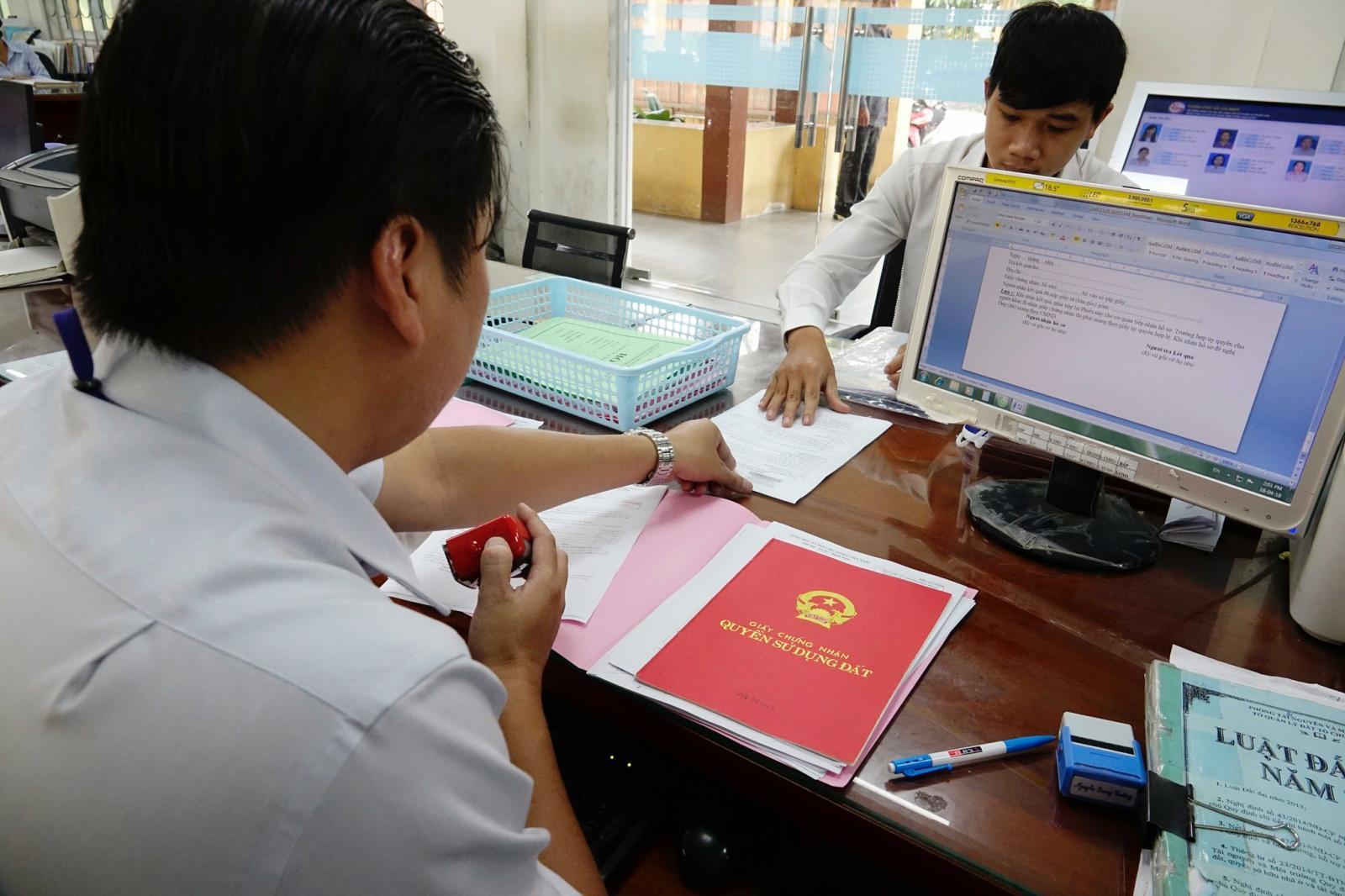 Cơ quan nhà nước có thẩm quyền sẽ có trách nhiệm trả kết quả cho công dân trong vòng 15 - 25 ngày làm việc